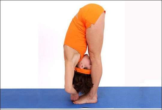 Падахастасана упражнение
